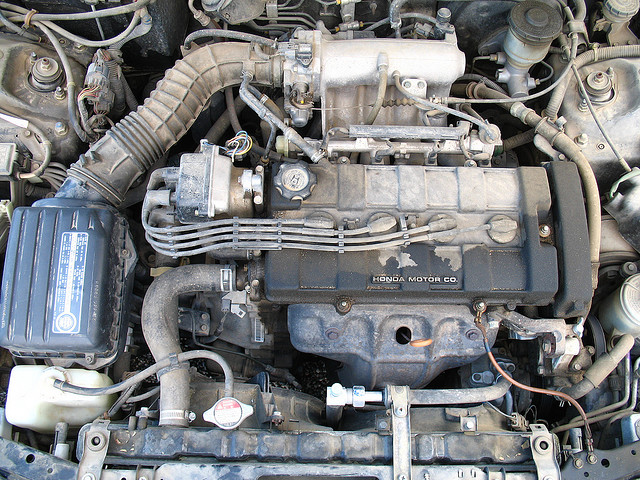 The Combustion Automotive Industry : Efficiency vs Jobs